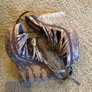 BCBG MaxAzria strappy leather wedge sandals 8.5B
